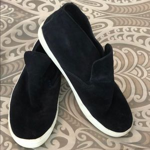 Dolce Vita Navy Blue Size 9.5 Suede Booties